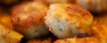 Crab cakes caused a Salmonella outbreak
