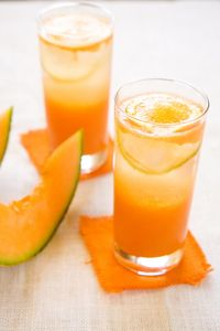 Orange juice and cantaloupe can be contaminated with Salmonella